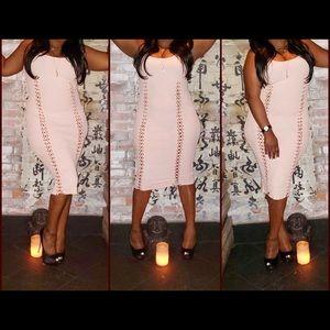 31bc96e95295d1 Dresses   Skirts - Peach lace up dress